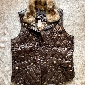 Talbots quilted vest with removable fur collar